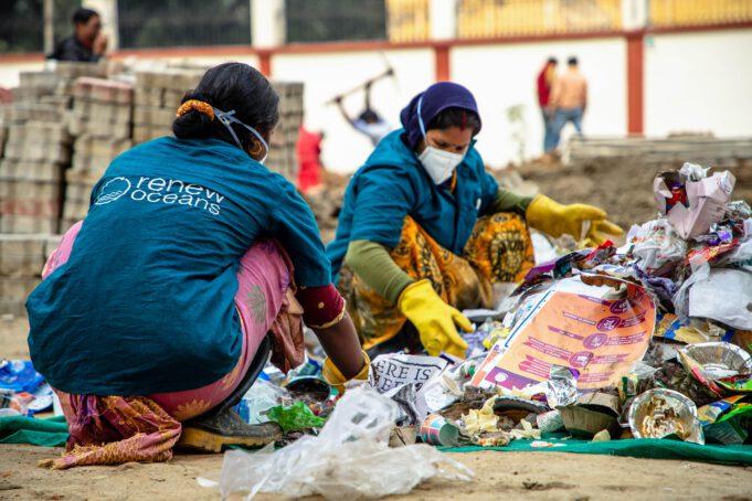 Renew Oceans team photo